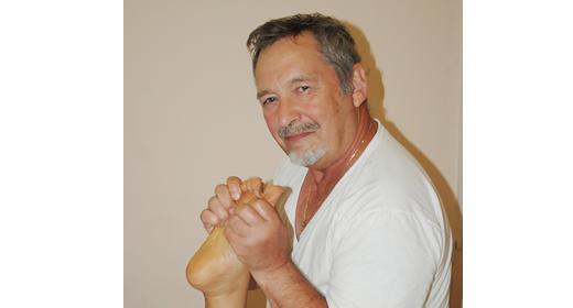 מיכאל חפץ - טיפול בכאבי דורבן בכף הרגל בחולון ובת ים.