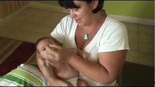 עיסוי תינוקות והקלה על צינון