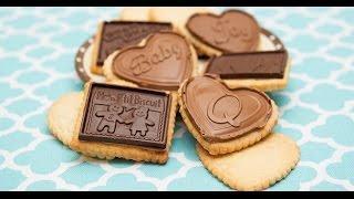 מתכונים ברשת - סודות מתוקתקים עם קרין גורן - עוגיות פריכות עם תמונת שוקולד (כמו